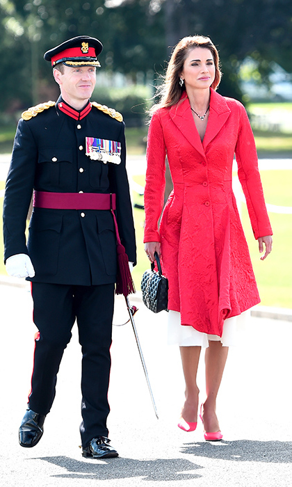 Looking lovely in red, Queen Rania joined her husband at the ceremony. 