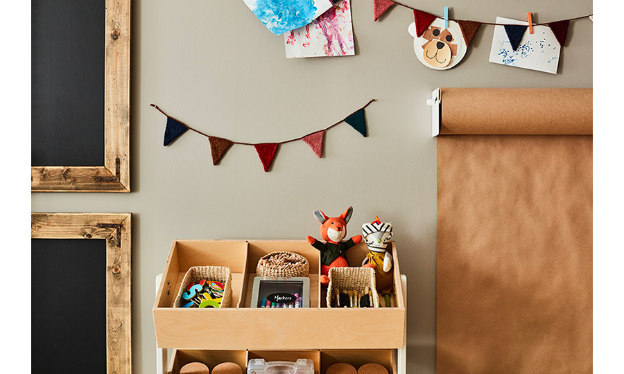 Lucy Liu's son may only be two… but organization comes from an early age! All the paintbrushes, markers and puzzle pieces he'll ever need will always be in place thanks to the neat stack shelf.