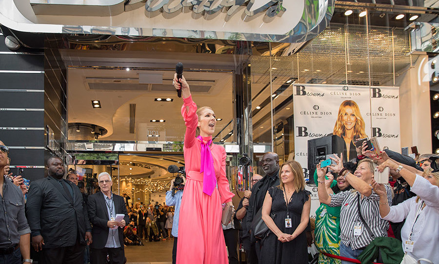Welcome home Celine Dion! Thousands lined Saint Catherine street in downtown Montreal on Aug 23 to get a glimpse of the superstar at the official launch of her handbag collection. 