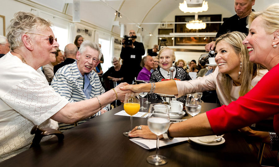 Queen Maxima paid a visit to the Bartholomeus Gasthuis elderly home in Utrecht on August 24.