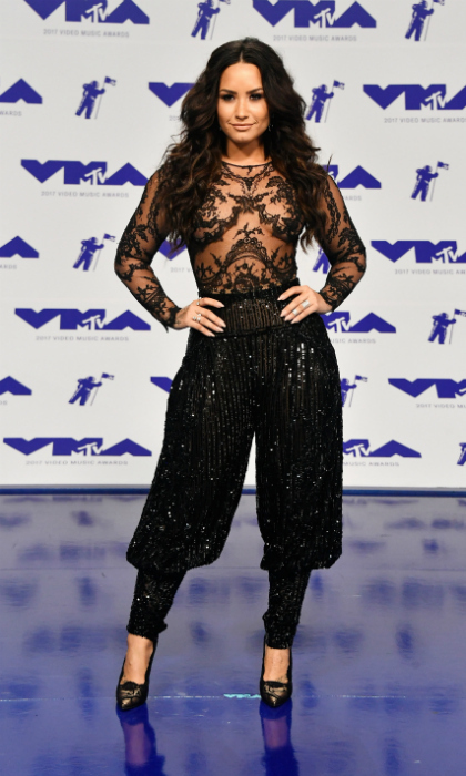 <h3>Demi Lovato</h3>