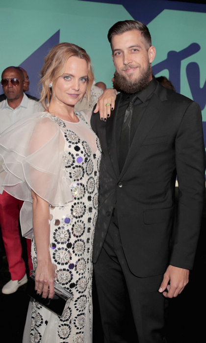 <h3>Mena Suvari and Michael Hope</h3>