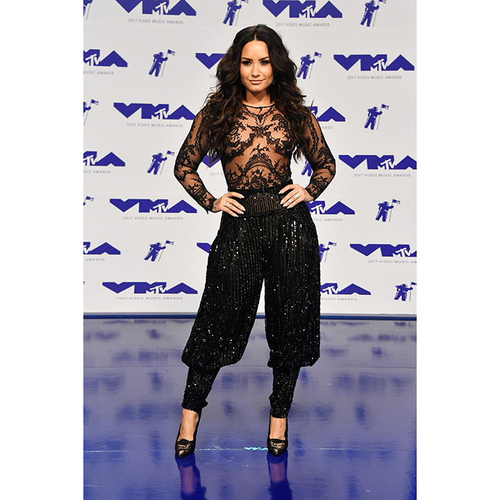 <h2>Demi Lovato</h2>