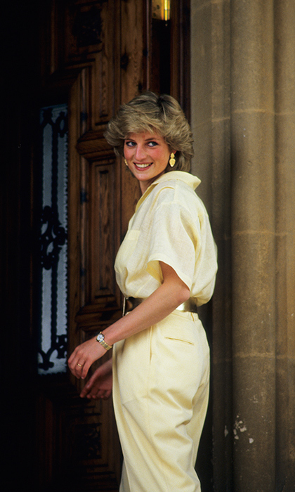 Princess Diana died on Aug 31 1997 in Paris. 
