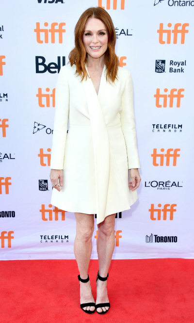 <h4>Julianne Moore at the premiere of <em>Suburbicon</em></h4>