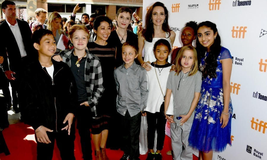 Full house! Angelina Jolie brought some of her kids to the premiere of The Breadwinner at the Winter Garden Theatre on September 10. The actress and director posed on the red carpet with Zahara, 12, Shiloh, 11, and her nine-year-old twins Knox and Vivienne. 