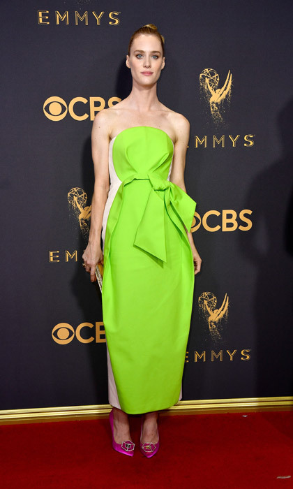 <h4>Mackenzie Davis in Delpozo</h4>