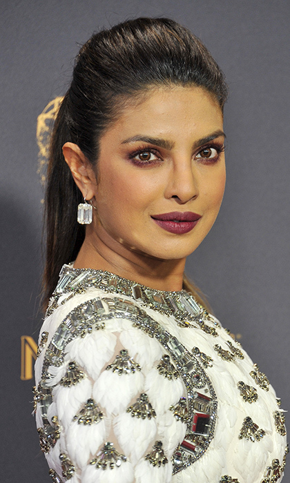 <h4>Priyanka Chopra, Lorriane Schwartz</h4>