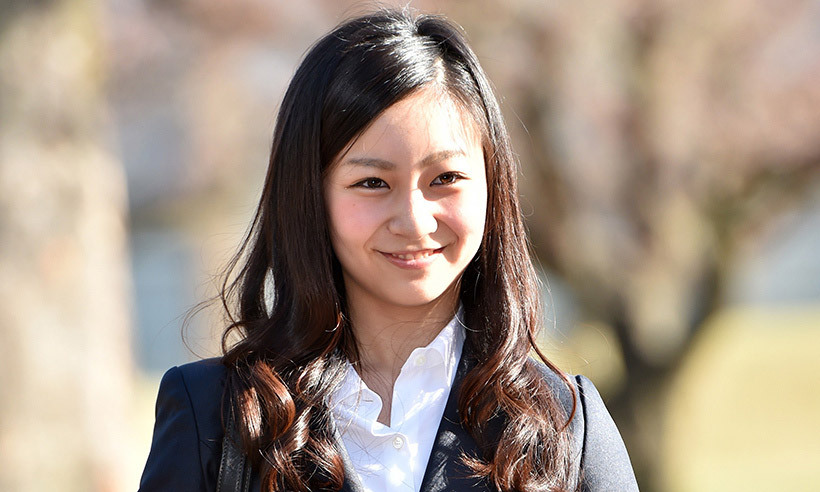 <p>Japan's Princess Kako left home and is on her way to the UK, where she will study at the University of Leeds. The 22-year-old Princess, who is the granddaughter of Emperor Akihito and Empress Michiko, will spend a year as an exchange student. </p>