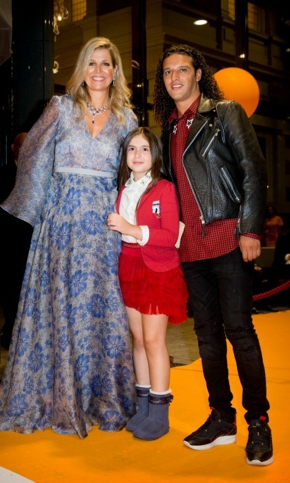 <p>Queen Maxima of the Netherlands posed with Dutch rapper Ali B and a young girl during a benefit gala dinner for the Princess Maxima Center for children's oncology in the Concertbuilding on September 5. </p>