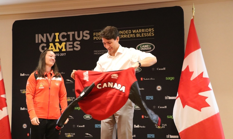 Before meeting up with Harry, Justin Trudeau received his very own Team Canada Roots jacket. 