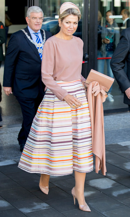 <p>Before stepping out for the ballet and opera, Queen Maxima wore a striped A-line Natan skirt with a blush shirt to the congress The Day of Youth Professionals in Utrecht, Netherlands.</p>