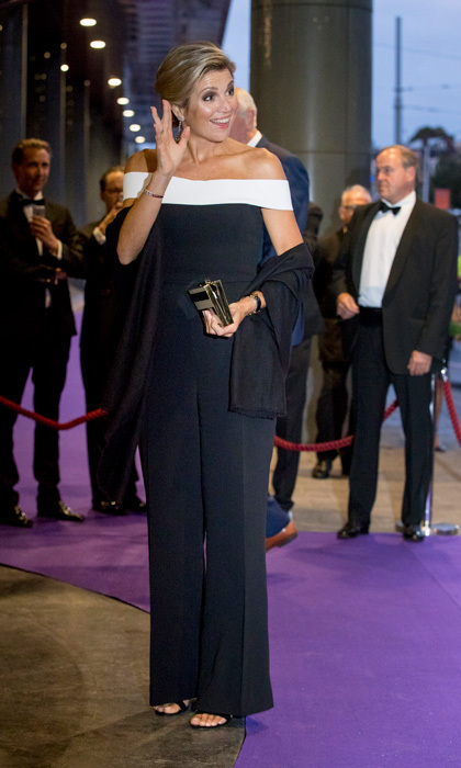 <p>Queen Maxima wore an off-the-shoulder Roland Mouret jumpsuit to the opening of Royal Concertgebouw Orchestra (RCO) at Concert Hall in Amsterdam on September 14.</p>