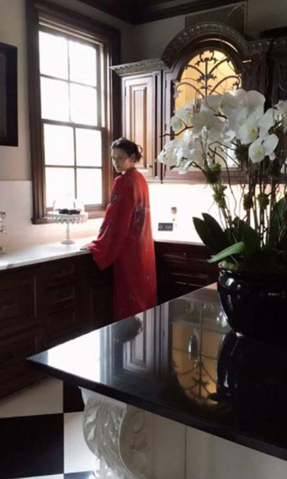 "<p><strong><a href=""/tags/0/catherine-zeta-jones/"">Catherine Zeta-Jones</a></strong> is certainly proud of her New York home, and for good reason! The <em>Chicago</em> star regularly shares photos from the 19th-century mansion she shares with husband Michael Douglas and their children Dylan, 17, and Carys, 14, on Instagram using the #StyleByZeta.</p>