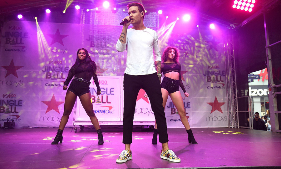 <p>Yeah, yeah, yeah, yeah! Liam Payne came back to the states to perform onstage during Z100's Jingle Ball kick off presented by Capital One at Macy's Herald Square in NYC. The former One Direction member performed his solo single Strip That Down and hit with Zedd Get Low.<br /><br />Photo: Kevin Mazur/Getty Images</p>