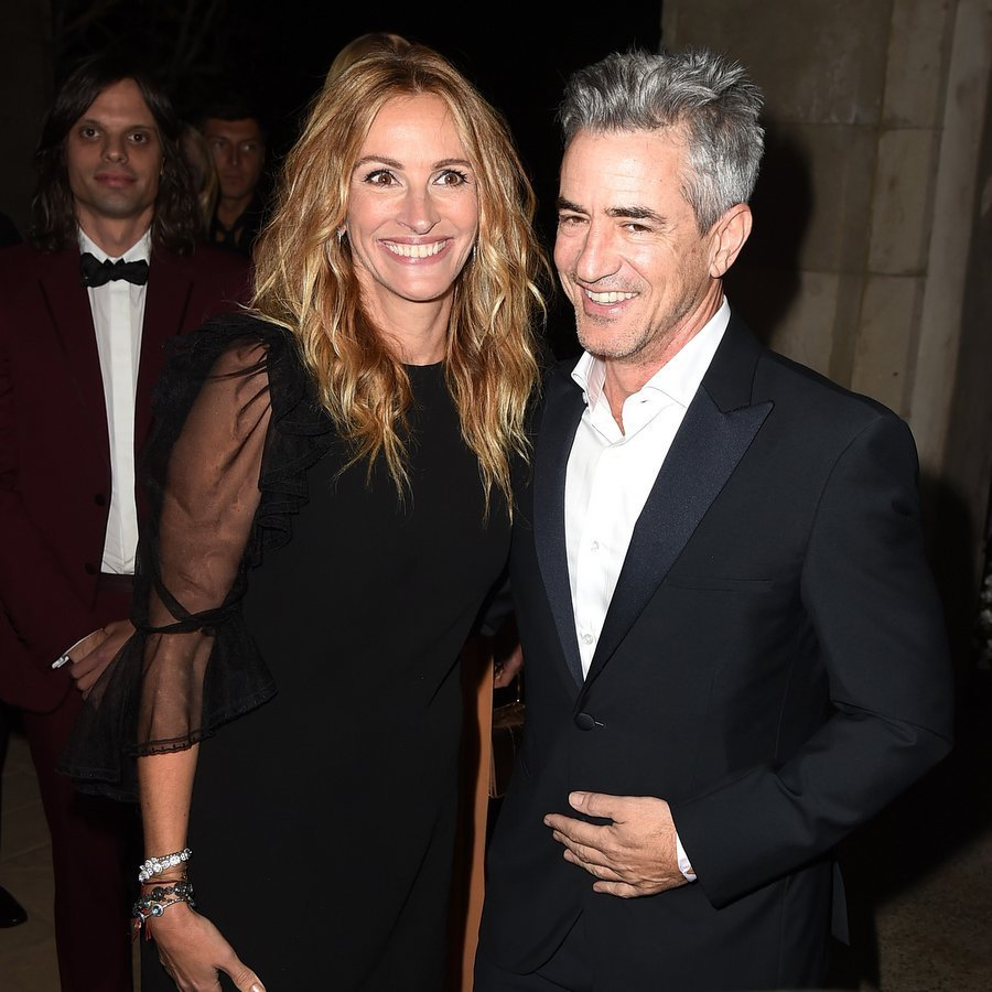 <p>During the night, honoree Julia Roberts was serenaded by Chris Martin of Coldplay, who sang <em>Pretty Woman</em> in her honor, and supported by her famous friends including actor Dermot Mulroney, seen here, her leading man in 1997's <em>My Best Friend's Wedding</em>. The pair also worked together years later on <em>August: Osage County</em>.<br /><br />Photo: Getty Images</p>