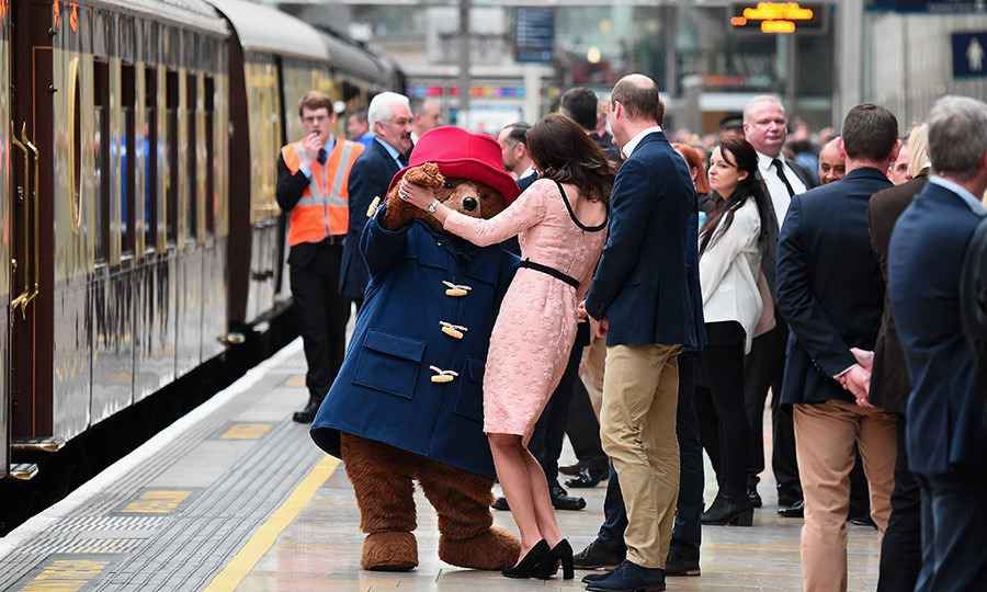 Kate let Paddington lead the way as the duo enjoyed a dance on the platform. 