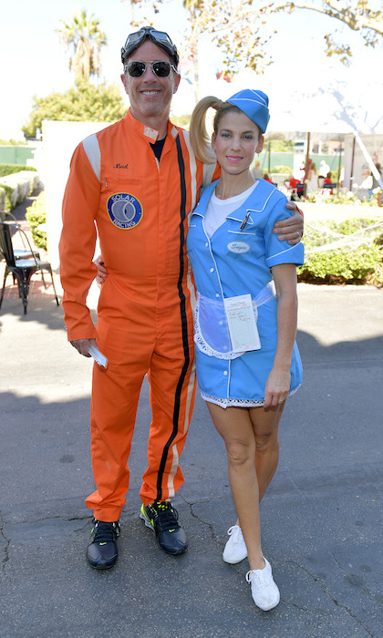 <p>Host Jerry Seinfeld and founder Jessica Seinfeld posed together in celebration of the GOOD+ Foundation's Halloween Bash Oct 22! Jerry looked intergalactic in a NASA-inspired orange jumpsuit, while Jessica donned an adorable '50s-style waitressing outfit.</p>