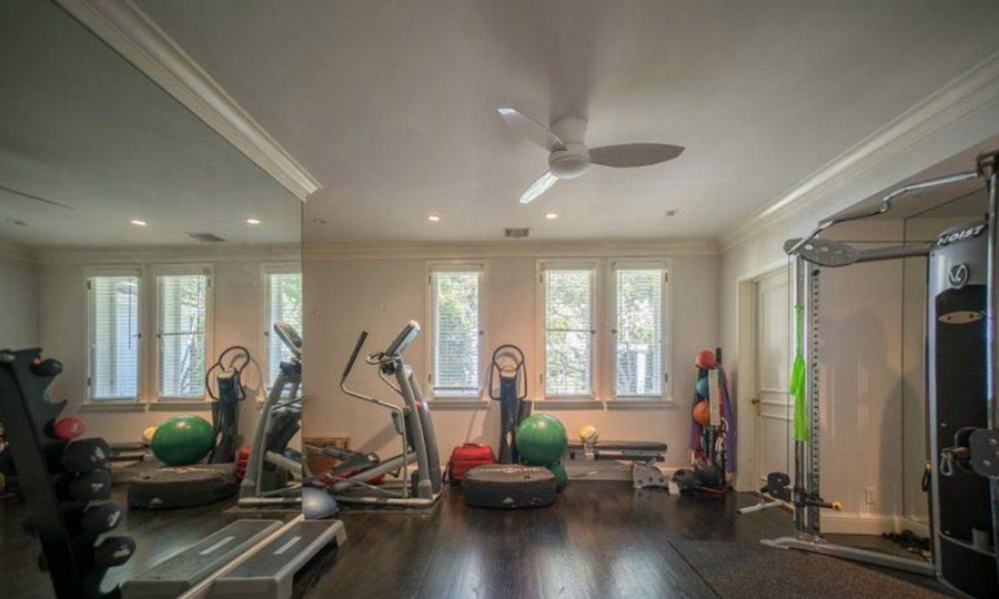 <p>As you would expect from the world class athlete, Serena's home has a fully-equipped gym featuring both cardio equipment and weights for her to continue her training off the court. While the property doesn't have its own tennis court, these facilities and the swimming pool would have been ideal for Serena's cross training.</p>