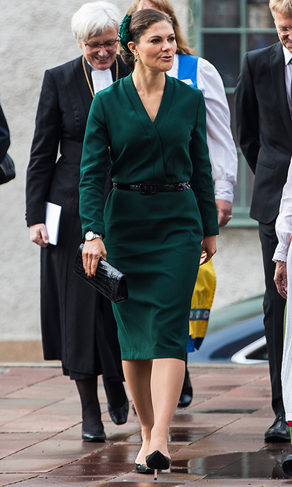 <p>A royal style regular, Sweden's future queen Crown Princess Victoria was all business as she attended the opening of the Swedish Church meetings at Uppsala Cathedral. The mother of two donned a forest green dress and carried a black clutch for the October 3 event. <br /><br />Photo: MICHAEL CAMPANELLA/Getty Images</p>
