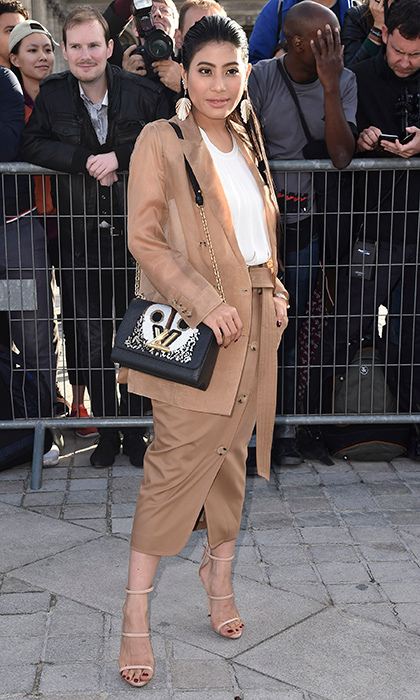 <p>The Paris Fashion Week style parade seemed to never stop for Princess of Thailand Sirivannavari Nariratana, who stepped out on day eight for the Louis Vuitton Spring/Summer 2018 womenswear presentation on October 3. The royal went for nude tones from head to toe, making a statement with her gold earrings and covetable LV purse. <br /><br />Photo: Jacopo Raule/GC Images</p>
