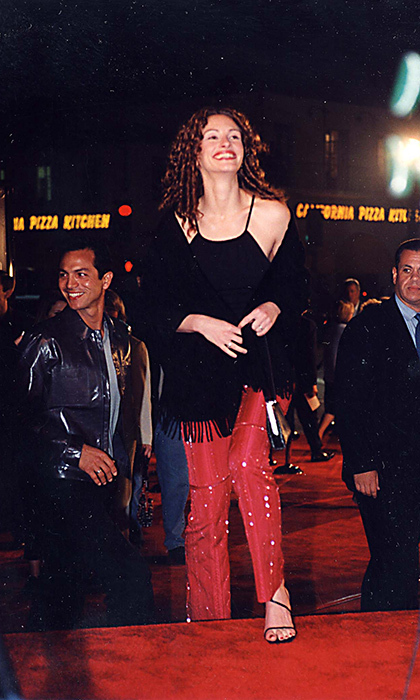 <h4>2000</h4>
