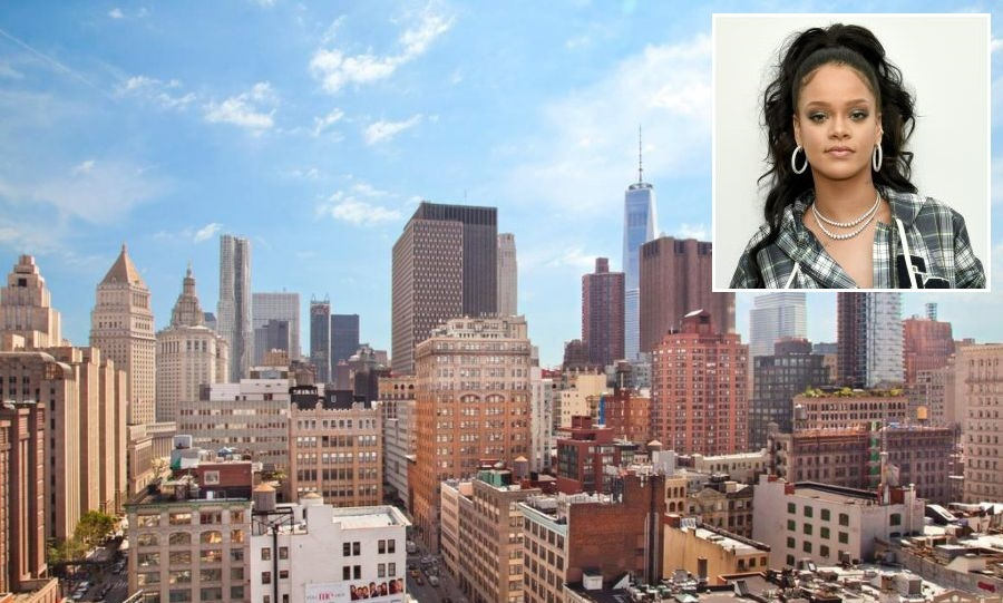 "<p><strong><a href=""/tags/0/rihanna/"">Rihanna</a></strong>'s New York penthouse is up for sale for close to $16.9 million - and it looks incredible! The <em>Wild Thoughts</em> singer, who owns several homes in Los Angeles and her native Barbados, has been renting the duplex in Manhattan for the past four years for the staggering sum of $64,000 per month.</p>