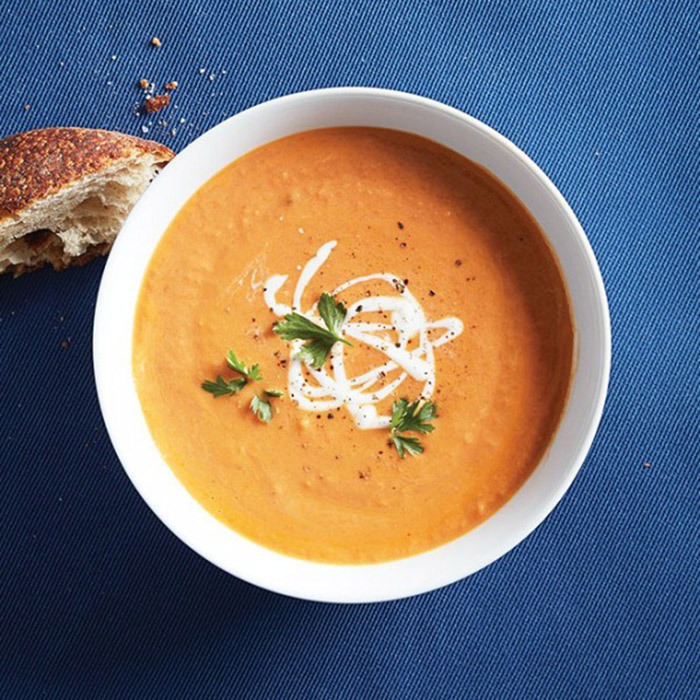 <h4>White bean and tomato soup</h4>