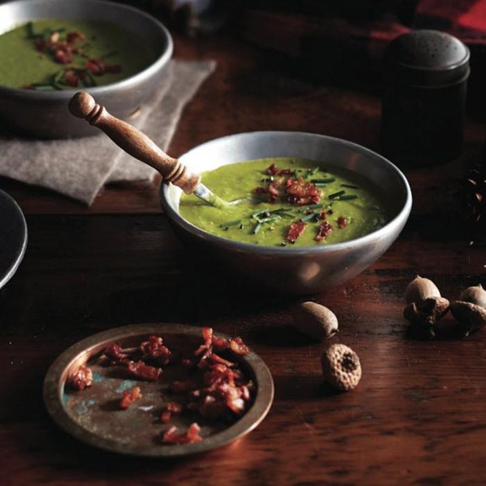 <h4>Modern pea soup with bacon</h4>
