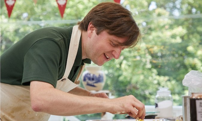 <h4>JAMES HOYLAND</h4>