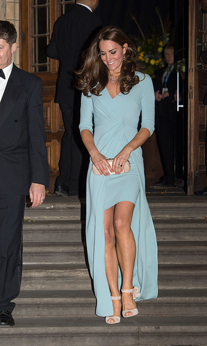 All eyes were on the Duchess of Cambridge as she stepped out in a pastel blue bespoke Jenny Packham full-length gown in October 2014.