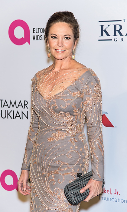 Actress Diane Lane looked absolutely stunning in a beige and grey embroidered gown at Elton John's gala.