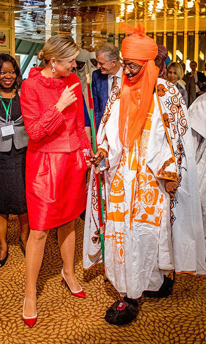 <p>On tour in Nigeria, Queen Maxima of the Netherlands made a colorful statement in bright red as she met with Emir of Kano Mallam Muhamned Sanusi II at the Enhancing Financial Innovation and Access event The Role of the Government. The Dutch monarch's wife gave a speech at the conference, which was held on November 2 in the country's capital, Abuja.<br /><br />Photo: Patrick van Katwijk/Getty Images</p>