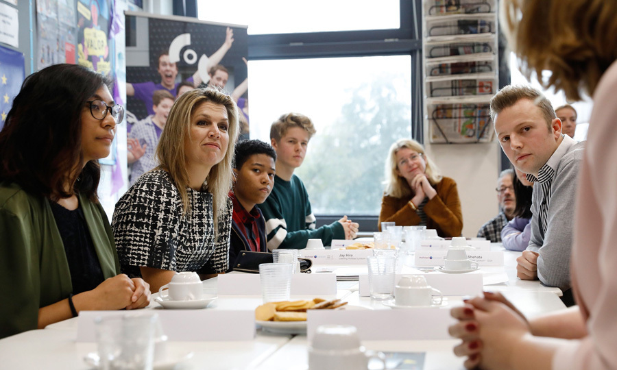 <p>Queen Maxima visited the Hofstad Lyceum in The Hague on November 8. Her Majesty listened intently while discussing the equality of lesbians, gays, bisexuals, transgenders at Dutch schools.<br /><br />Photo: BAS CZERWINSKI/AFP/Getty Images</p>