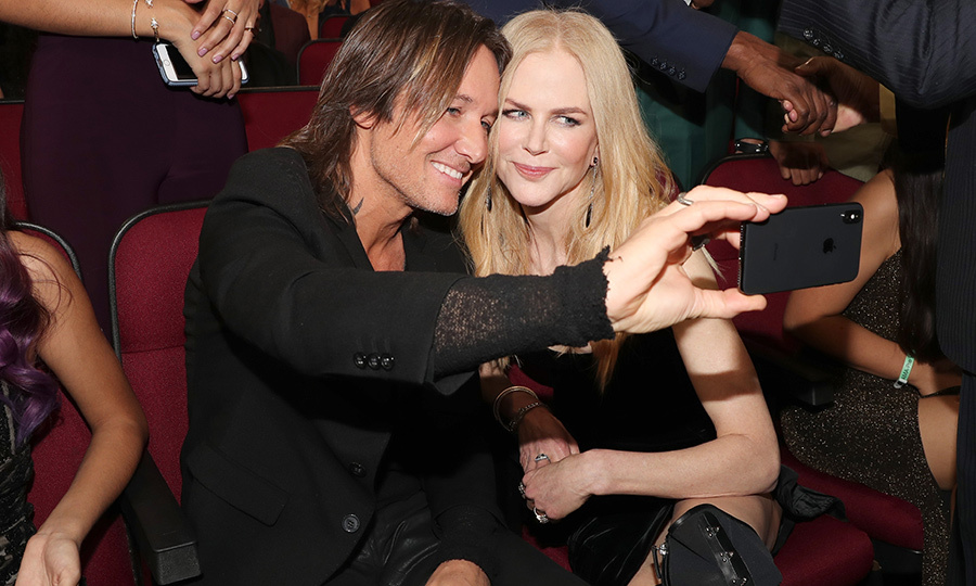 Making memories! Keith Urban and Nicole snapped some selfies while waiting for the American Music Awards to begin on Nov 19.
