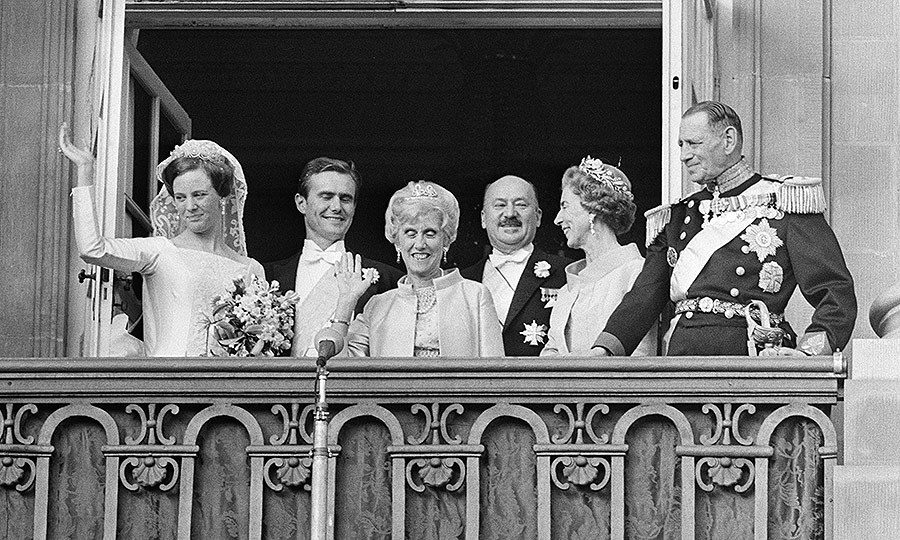 <p><strong>MARRIED 50+ YEARS</strong></p>