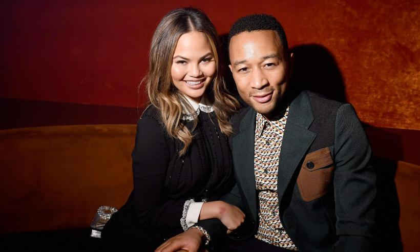 Congratulations to John Legend and Chrissy Teigen! The model announced her pregnancy news in the sweetest way, having her daughter Luna tell the world that she was going to become a big sister! 