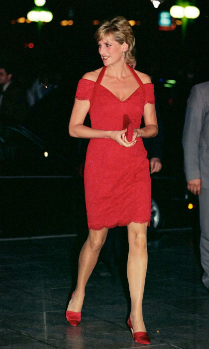 <p>Princess Diana looking gorgeous in red </p>