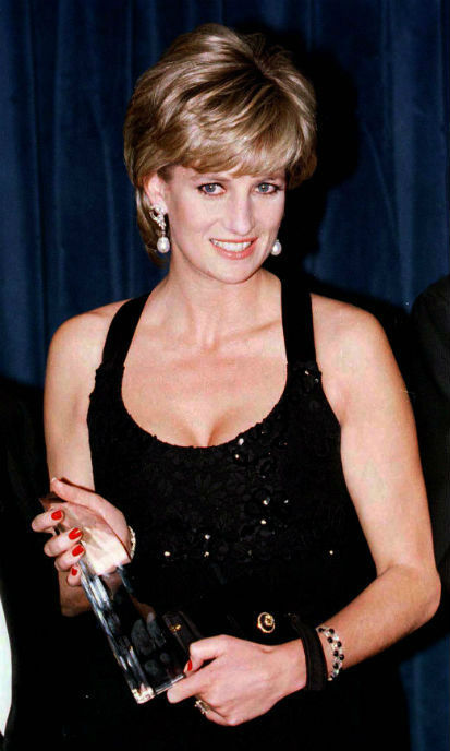<p>Princess Diana often stepped out in Azagury designs - like this gorgeous black number</p>