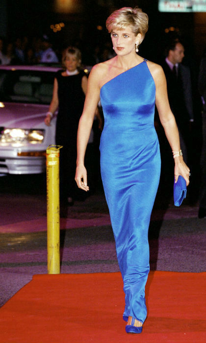 <p>Diana was a huge fan of Versace, and all eyes were on her in this ice-blue number on the red carpet </p>