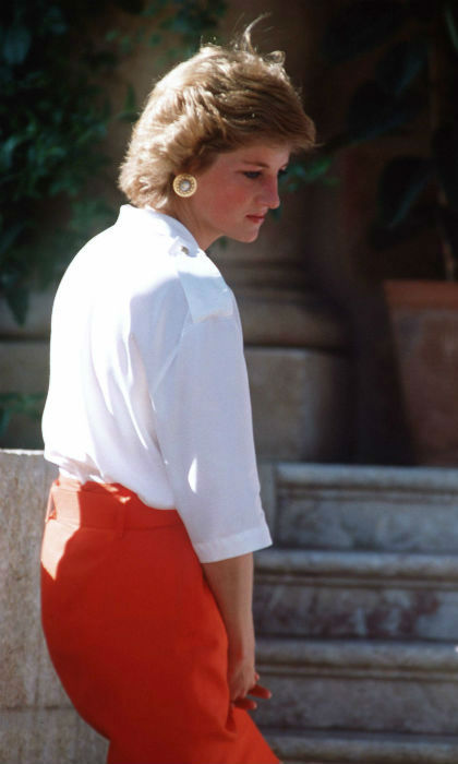 <p>The crisp white shirt was a timeless staple in Princess Diana's wardrobe </p>