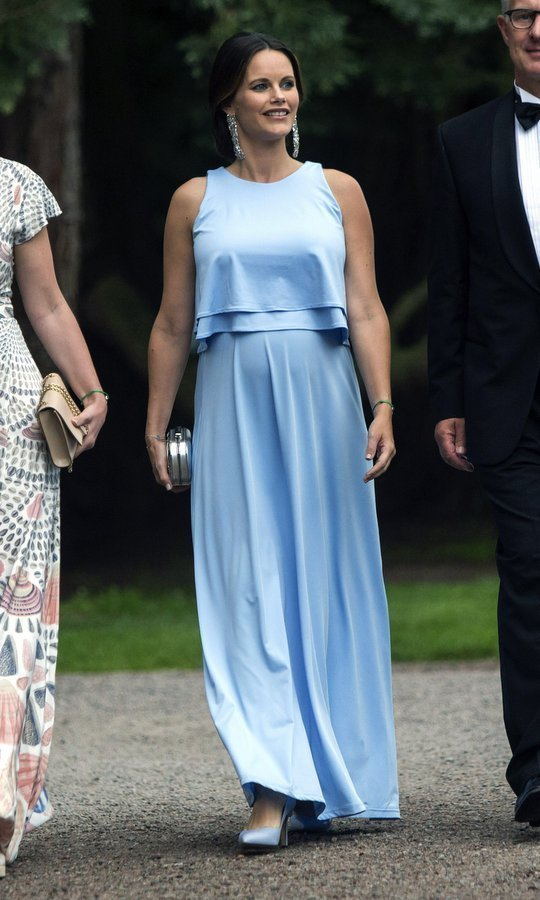 <h4>AUGUST</h4>