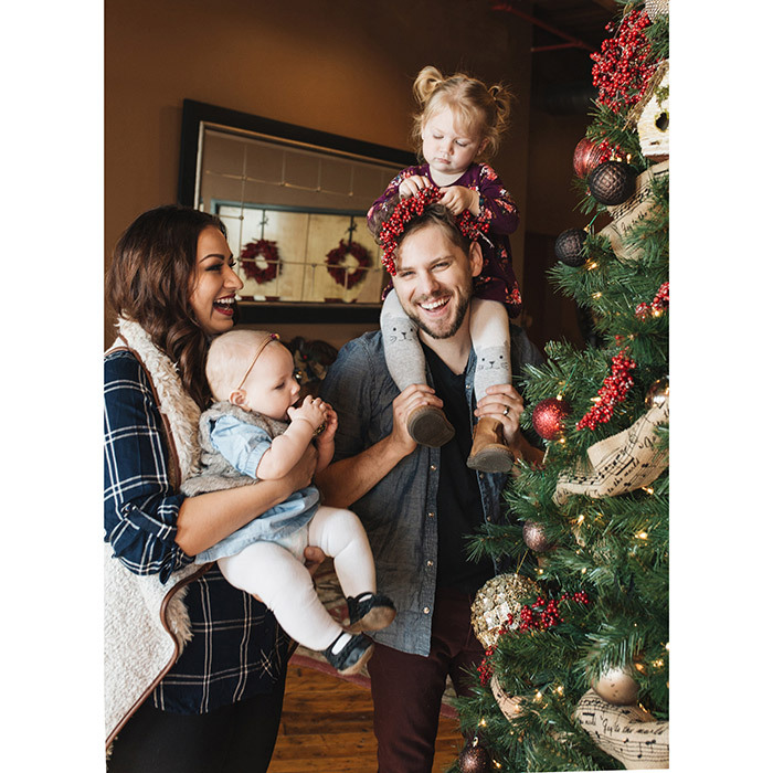 Brett Kissel with his family.