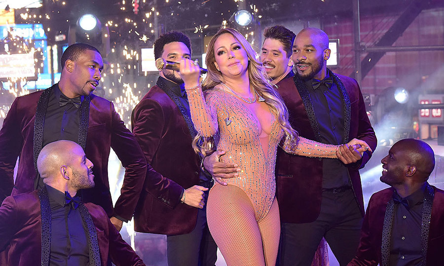 "<h4>TECHNICAL DIFFICULTIES</h4> <p>She may have struck the wrong note during her set during New Year's Rockin' Eve with Ryan Seacrest, where sound problems marred her live performance, but Mariah Carey kept her spirits up. ""Here's to making more headlines in 2017,"" she later wrote on Twitter.</p>