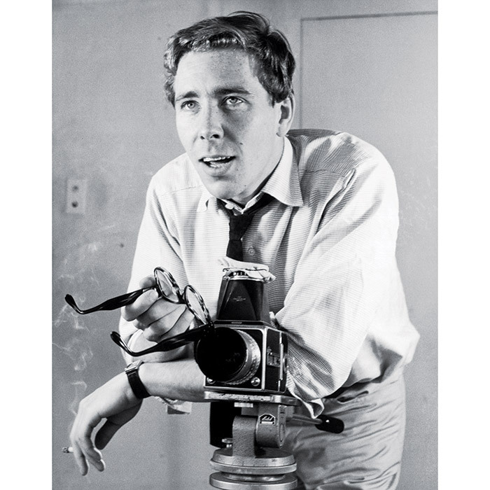 "<h4>A ROYAL SALUTE</h4> <p>Famed photographer Lord Snowdon passed away at 86, leaving behind an astounding body of work including numerous portraits of the Royal Family. The Queen was said to be saddened by the loss of the world-renowned photographer (born Antony Armstrong-Jones), the only man Princess Margaret ever said ""I do"" to.</p>