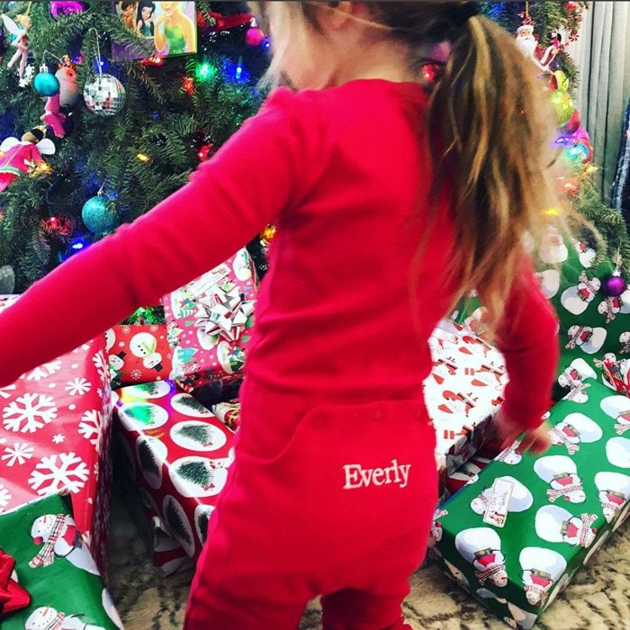 "Jenna Dewan and Channing Tatum's little girl Everly found a number of beautifully wrapped gifts beneath the tree on Christmas morning. ""❤️,"" the actress simply wrote alongside the photo.
