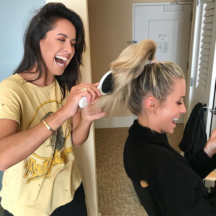Kristin Cavallari got her Golden Globes high-pony on! The star got ready with hair stylist Riawna Capri before the big night.