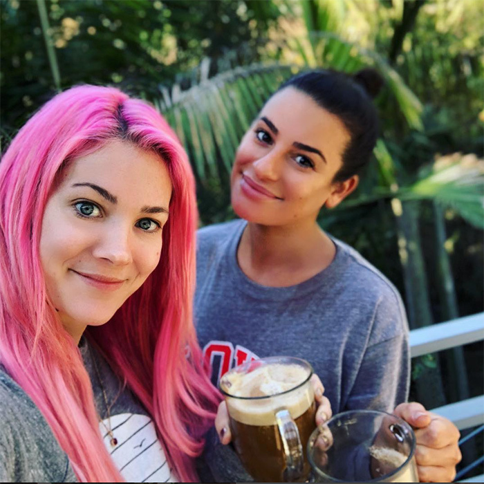 <i>Glee</i> star Lea Michele got ready for the golden night with celebrity stylist Sarah Potempa! The two snapped a gorgeous photo over two cups of coffee.