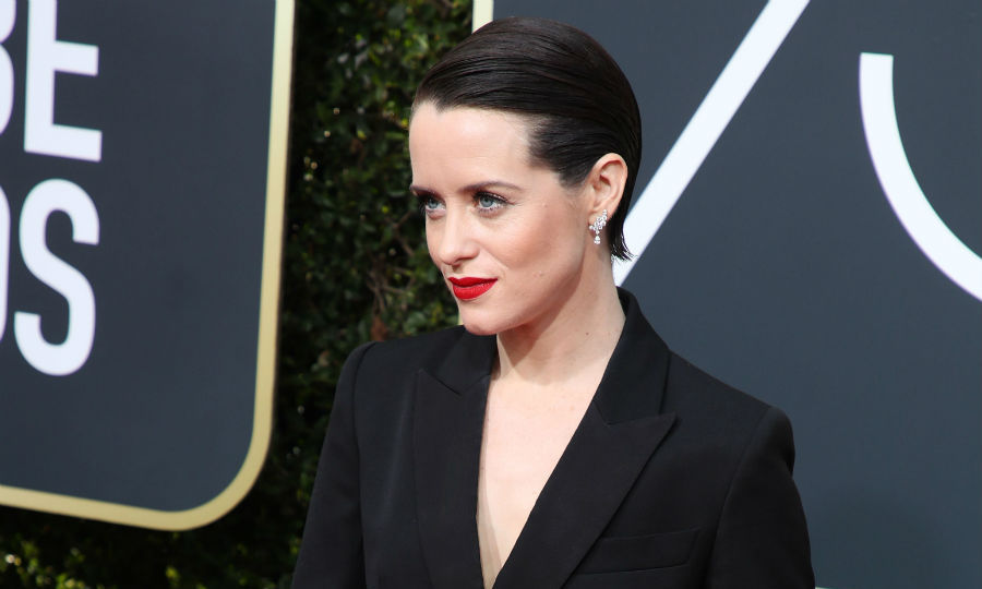 <h4>Claire Foy's bold red lips</h4>