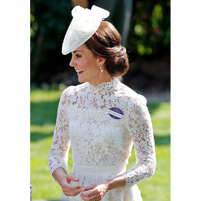 <h2>Kate's chic chignon</h2>